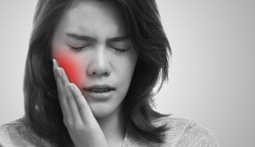 インプラントは歯肉炎になりやすい?原因や対策方法を解説